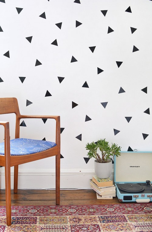 Popular DIY Removable Triangle Wall Decals For Trendy Decor
