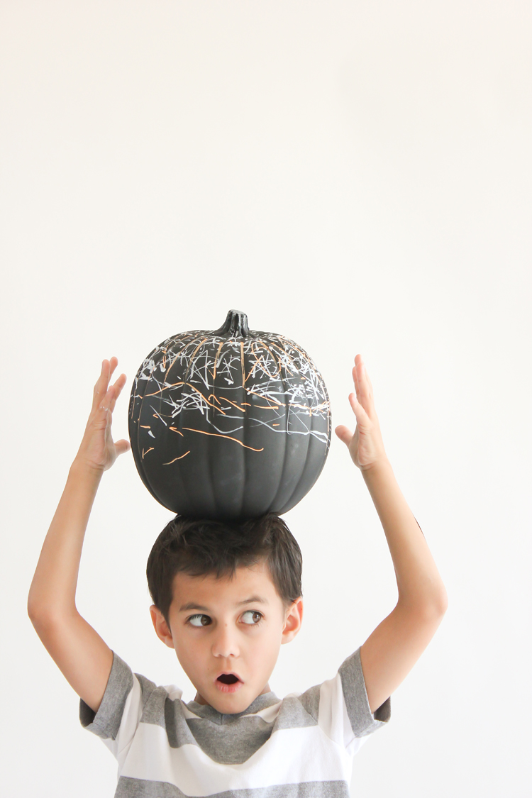 Picture Of diy reusable chalkboard pumpkins for your kids  2