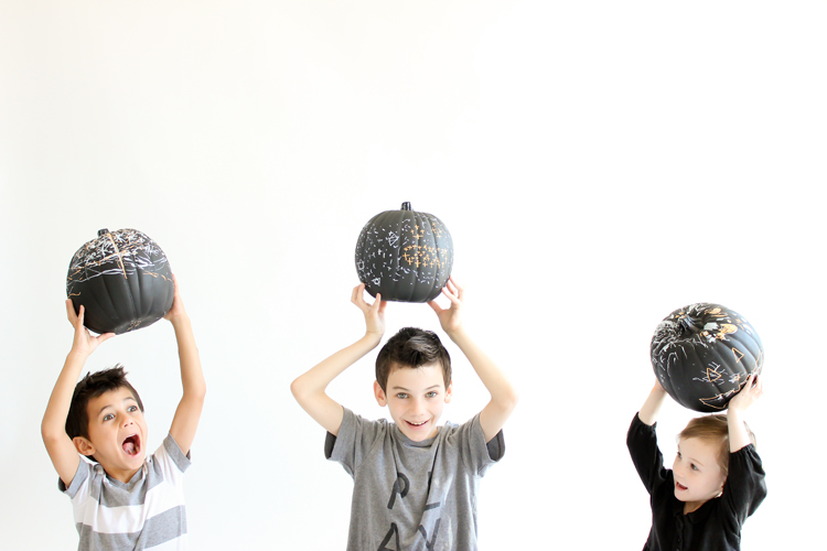 Picture Of diy reusable chalkboard pumpkins for your kids  3