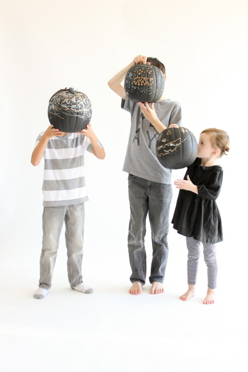 DIY Reusable Chalkboard Pumpkins For Your Kids