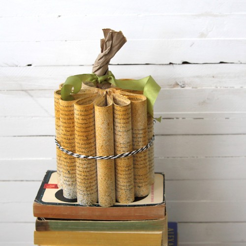 Diy Rolled Book Paper Pumpkin