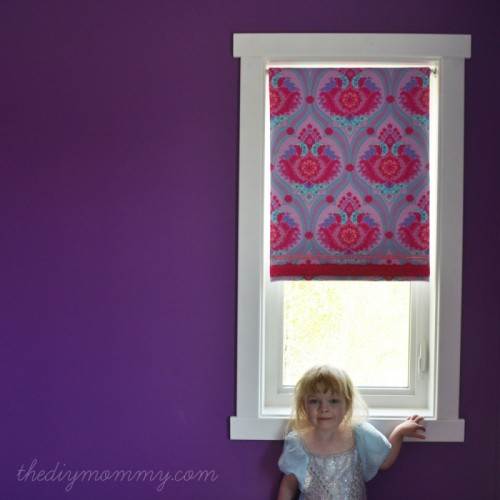no sew covered roller shade (via thediymommy)