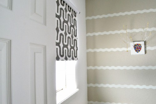 custom blinds (via dreamalittlebigger)