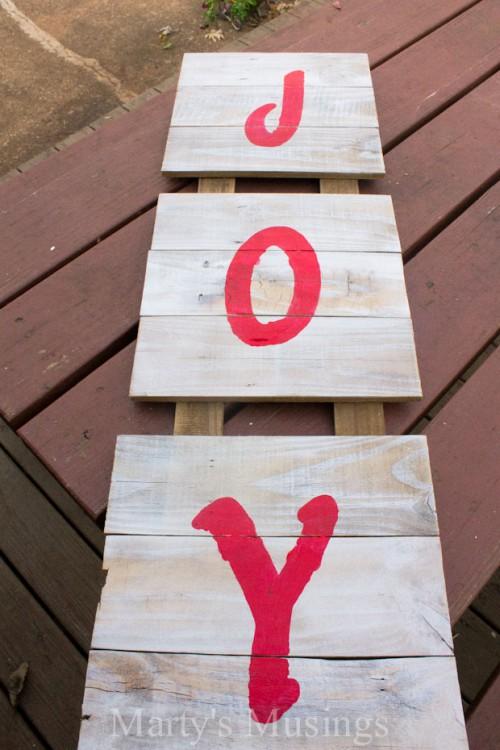 wooden board sign (via martysmusings)