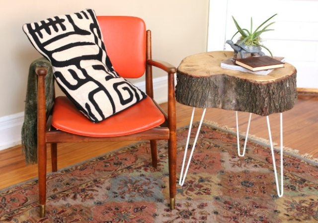 Picture Of diy rustic end table from a tree stump slice  1