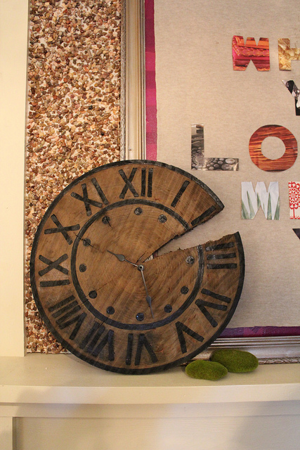 Cool rustic pottery barn clock via karapaslaydesigns