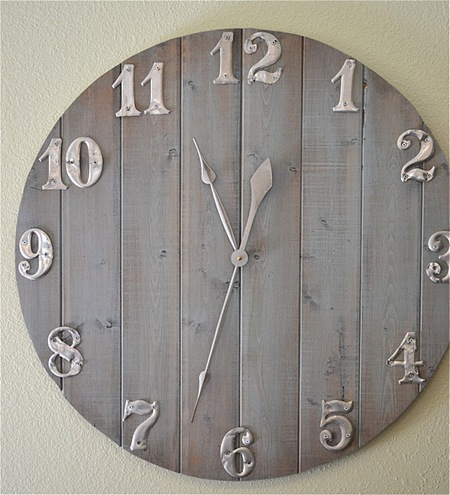 Lovely  DIY Rustic Wall Art Pieces And Clocks