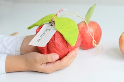 apple sachets (via willowday)