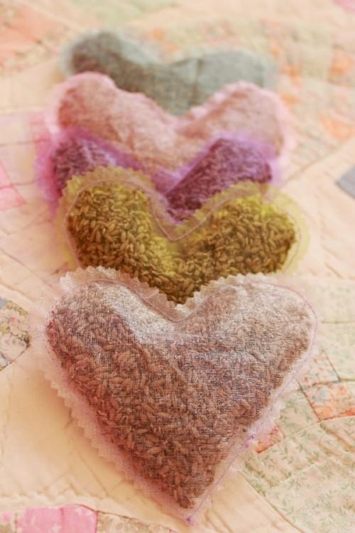 lavender sachet (via majezmaje)
