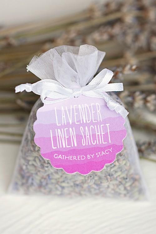 lavender linen sachets (via https:)