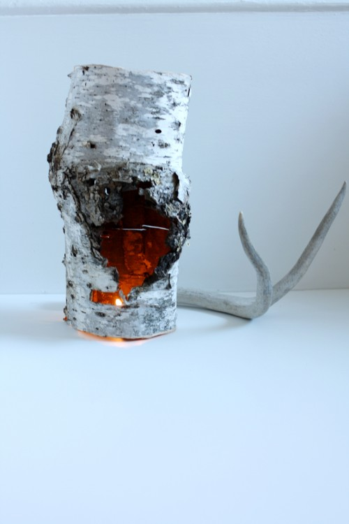 recycled birch piece candle holder (via shelterness)