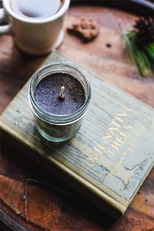 nutmeg coffee candle (via heidisbridge)