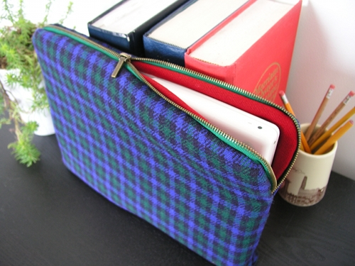 Patchwork makeup bag pattern