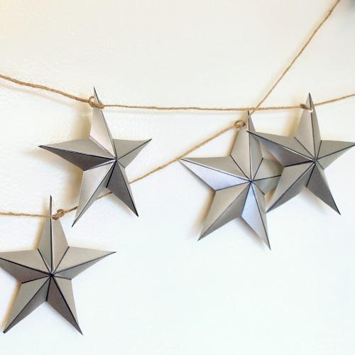 silver star garland (via myclevernest)