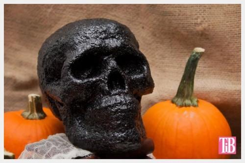 glitter skull (via trinketsinbloom)