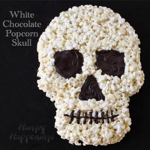 white chocolate popcorn skull (via hungryhappenings)