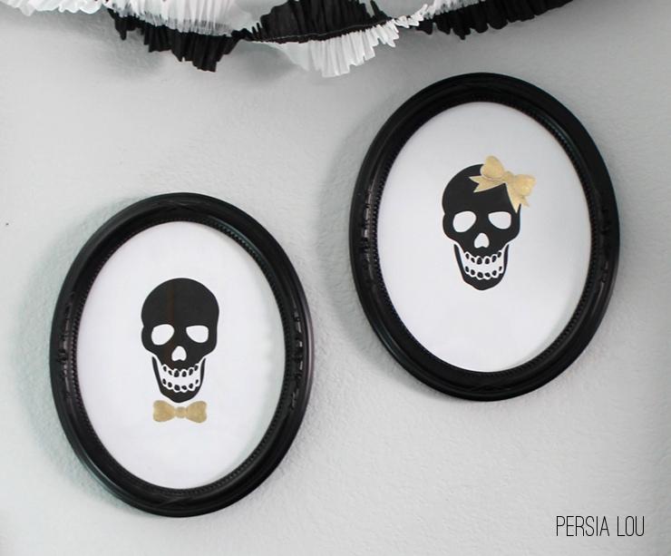 Halloween skull frames