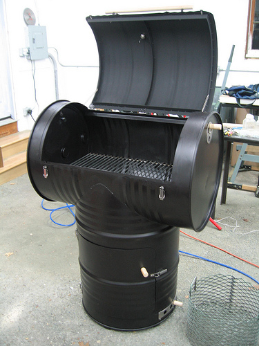 DIY Smokers For Enjoying Barbeques Shelterness - 8 diy smokers for enjoying barbeques