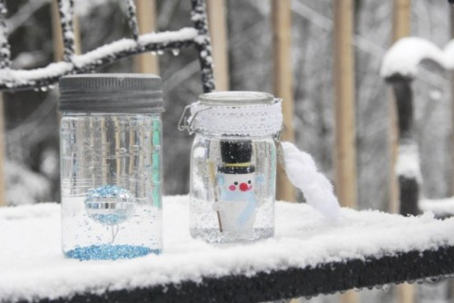 10 Cool DIY Snow Globes