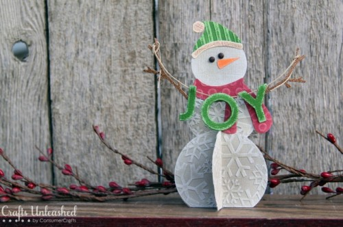 19 DIY Snowflakes, Snowballs and Snowmen Crafts For Your Home