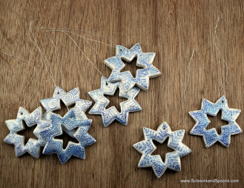 Salt dough ornaments (via scissorsandspoons)