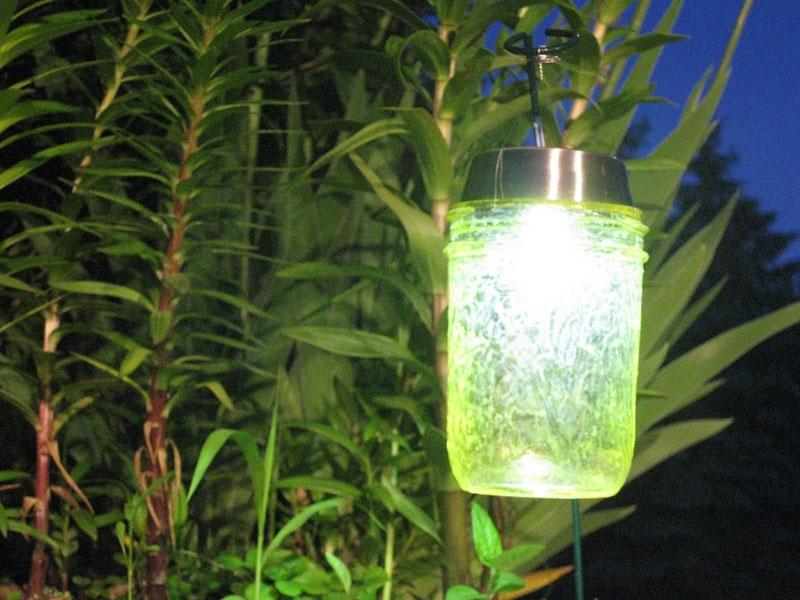 Diy Solar Lights Of Jars Shelterness