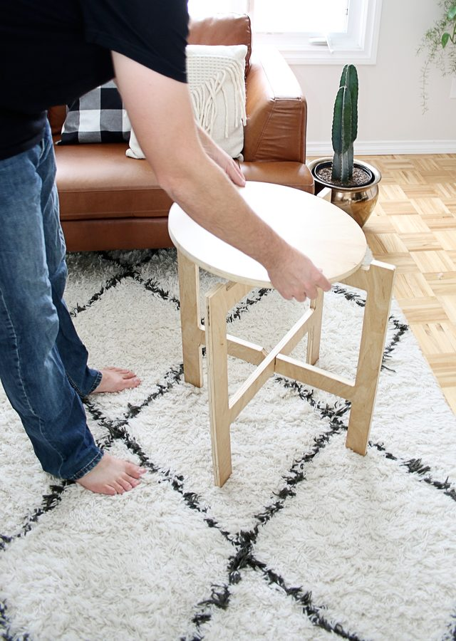 Picture Of diy space saving folding side table 6