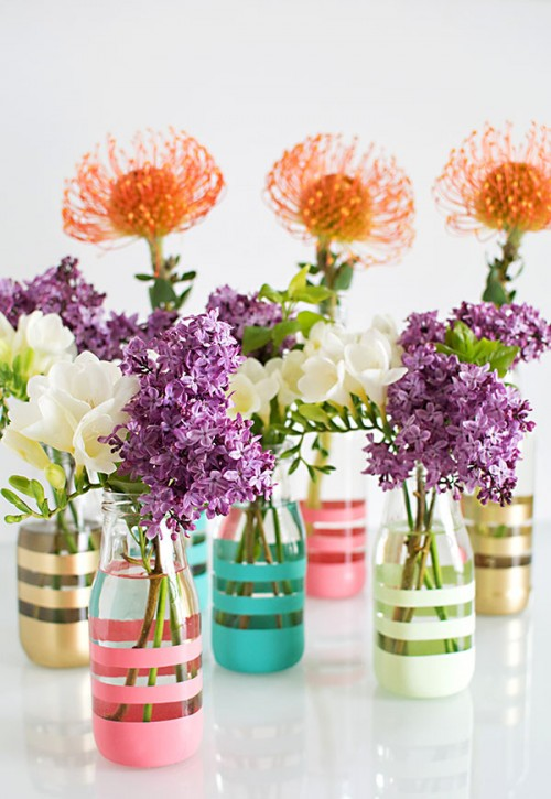 DIY Spray-Painted Colorful Vases From Glass Bottles