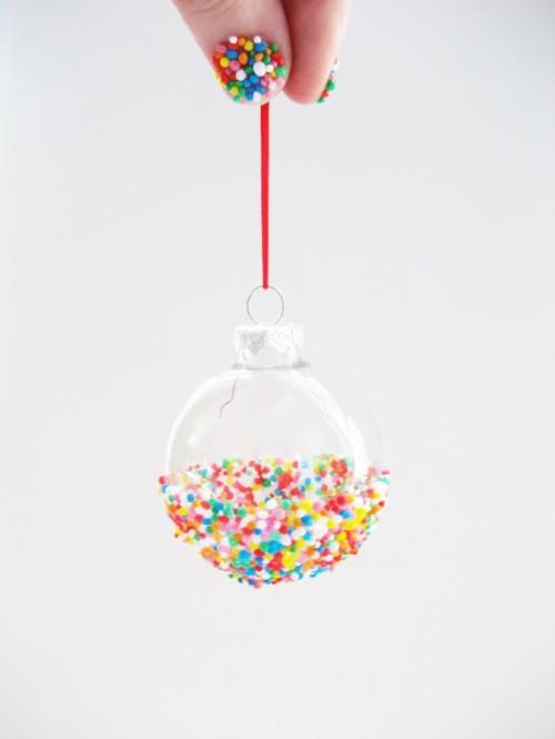 half sprinkled ornaments (via adorablest)