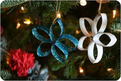 Glitter paper stars (via blogalacart)