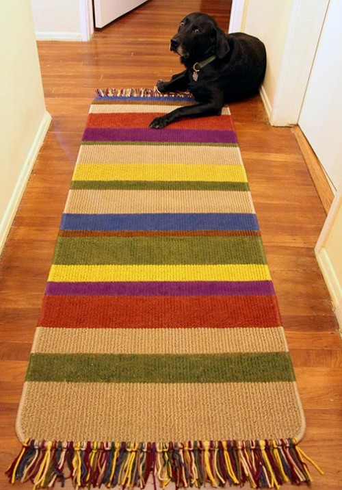 striped rug (via ournerdhome)