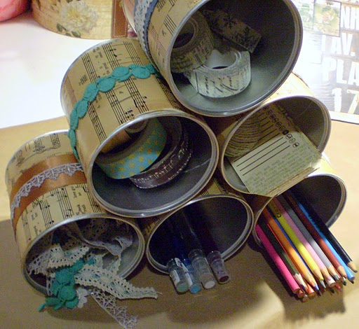 Picture of diy storage made of recycled cans for Tin can diy ideas