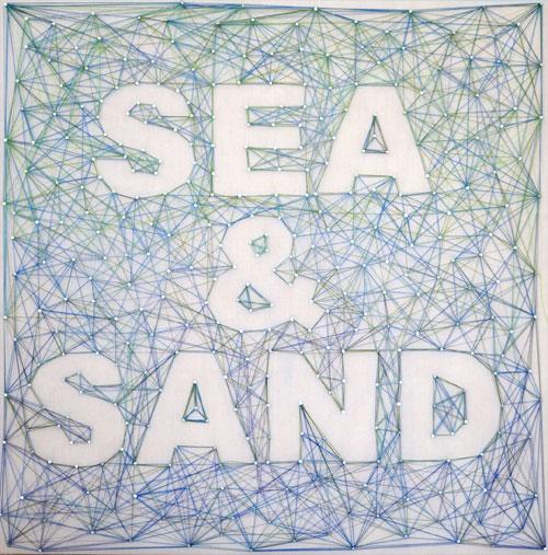 beach-inspired string nail art (via creativeinchicago)
