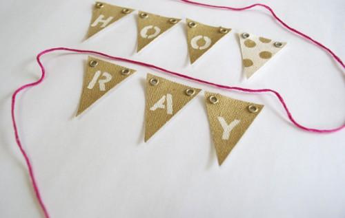 easy party banner (via artsocialonline)