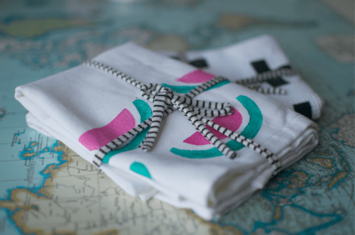 hand stamped tea towels (via patchworkcactus)