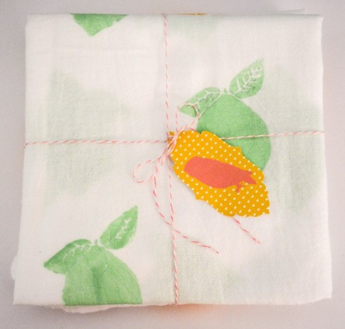 fruit tea towels (via ajoyfulriot)