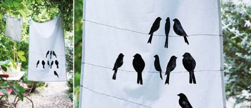 stenciled tea towels (via sweetlivingmagazine)
