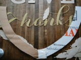 diy-thankgiving-frame-of-paper-and-cardboard-2