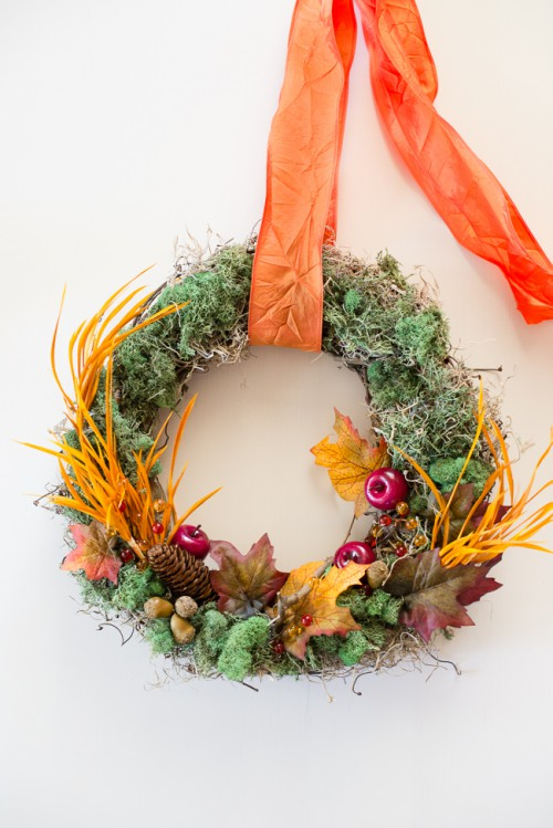 cute Thanksgiving wreath (via hellonatural)