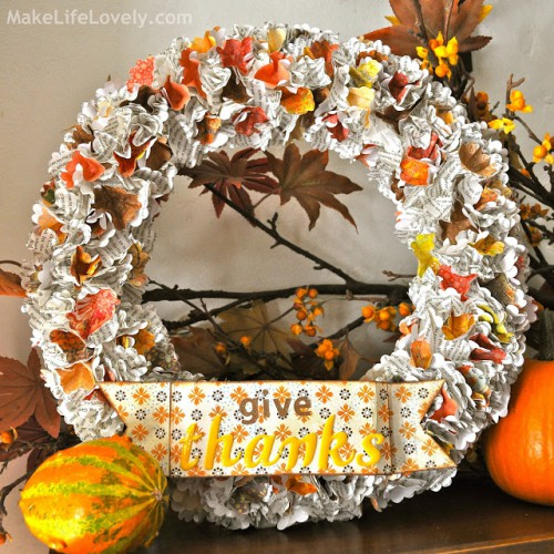 paper Thanksgiving wreath (via makelifelovely)