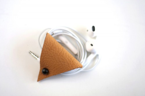 Diy Triangle Leather Earbud Holder