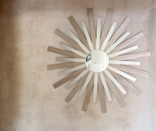 DIY Two-Colored Sunburst Mirror