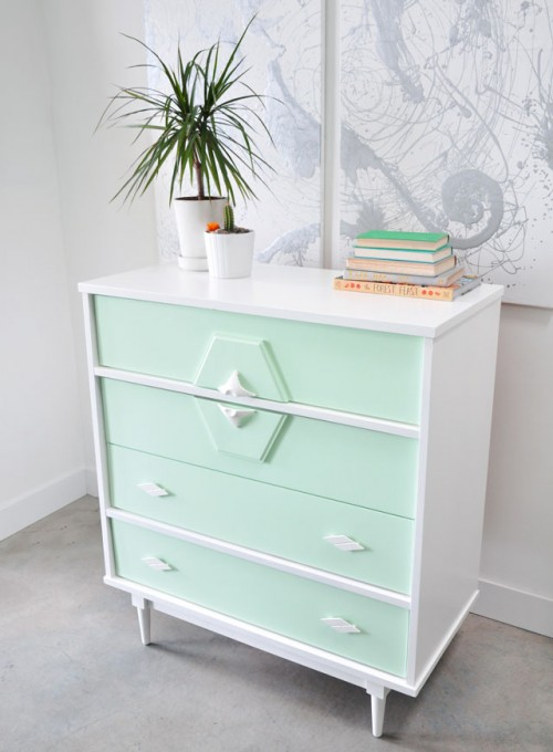 DIY Upcycled Vintage Painted Dresser