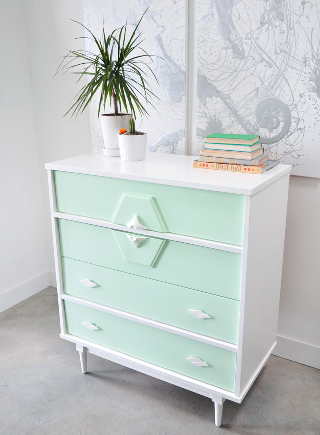 Picture of diy upcycled vintage painted dresser for Diy upcycle