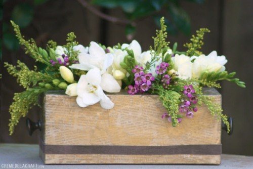 DIY Vintage Flower Vase Of A Tissue Box