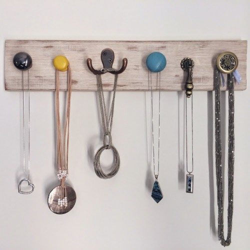 DIY Vintage-Inspired Jewelry Wall Hanger