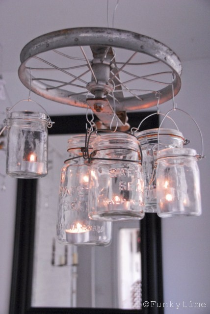 DIY Vintage-Looking Mason Jar Chandelier