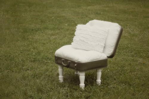 vintage suitcase chair (via seekatesew)