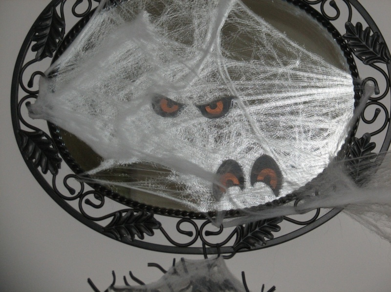Diy Wall Mirror With Creepy Eyes