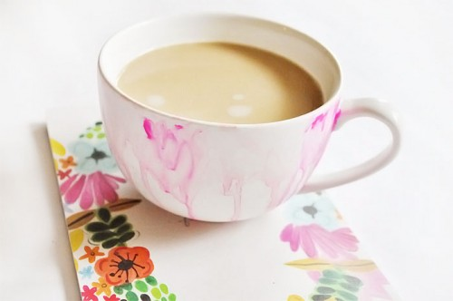 sweet watercolor mug (via thewonderforest)
